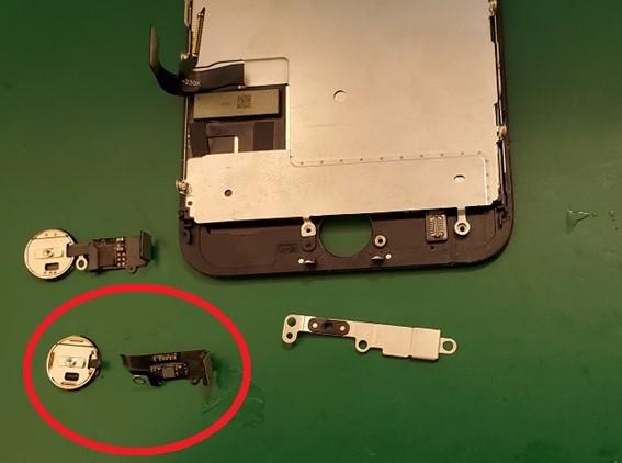 iPhoneのホームボタン修理 その2