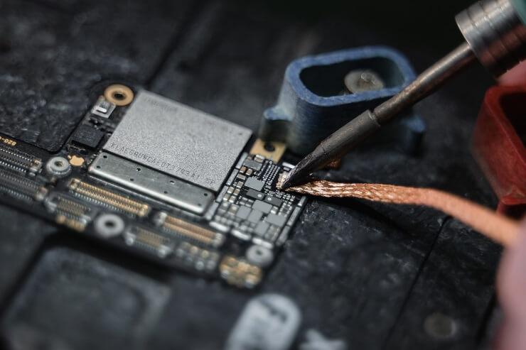 iPhoneの基板修理について